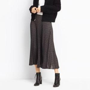 Vince Pleated Midi Skirt Black / Wolf Size 6